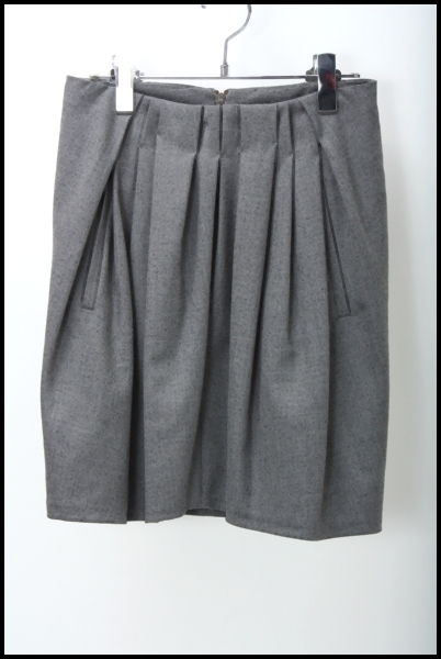 BRUNELLO CUCINELLI フロントプリーツ ウールスカート